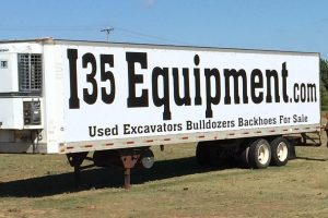 I35EquipmentBanneronSemiTruck1496962560